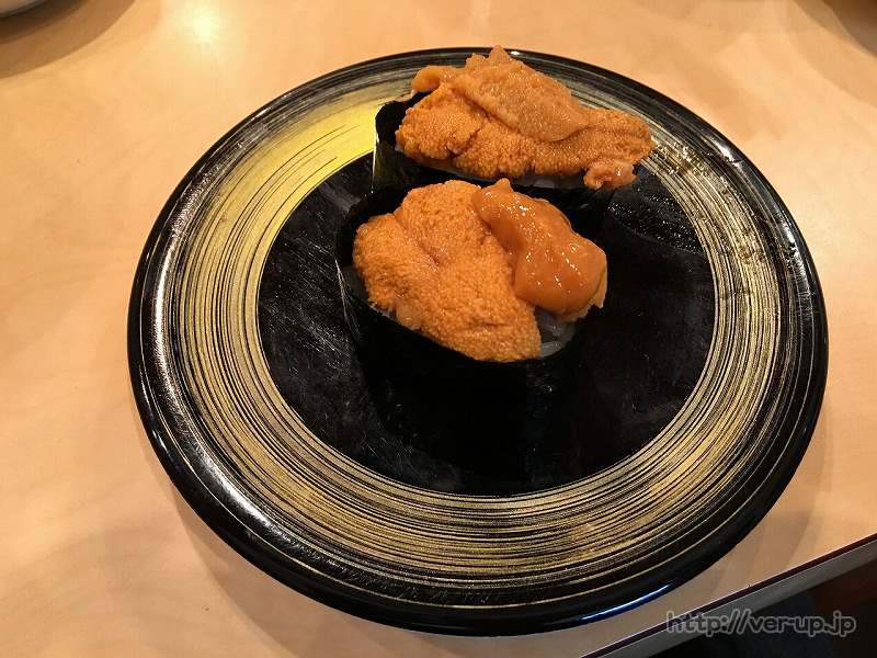 清水すし横丁の「朝獲れ回転寿司のぶちゃん」のうに