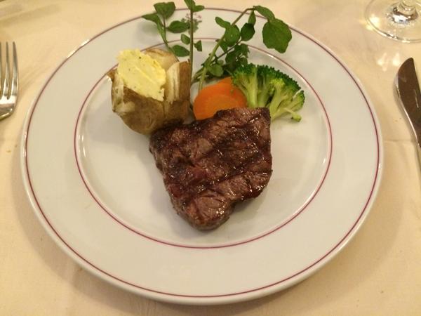 炭焼ステーキ[葡萄屋]吉祥寺のフィレステーキ
