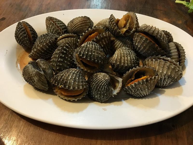 バーンイサーンムアンヨットの焼き水貝