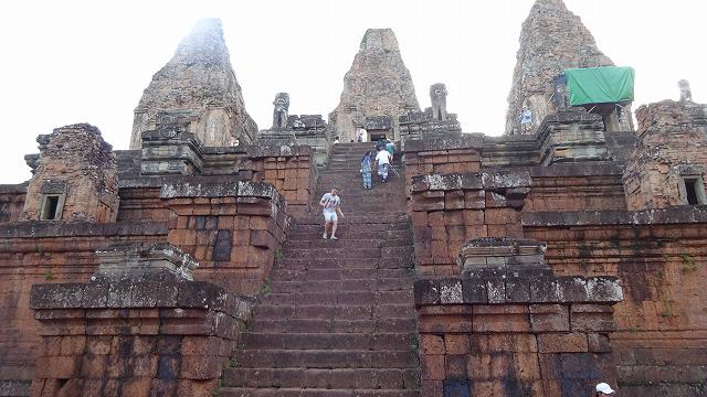 カンボジアのプレループ